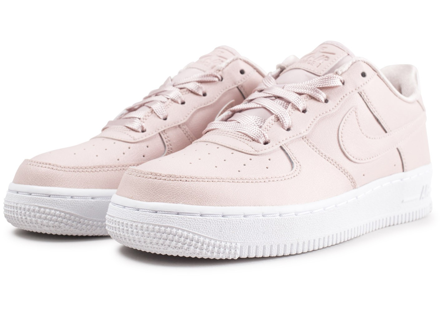 https://www.letilor.com/wp-content/uploads/2021/03/14839-chaussures-nike-air-force-1-ss-rose-clair-junior-vue-avant.jpeg